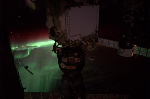 Tonight's aurora, from Astronaut Reid Wiseman aboard the International Space Station. Courtesy NASA